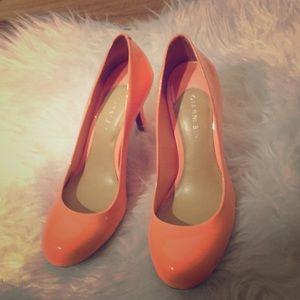Beautiful Orange Gianni Bini heels size 9